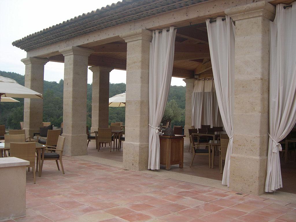 Dallage en pierre de Bourgogne