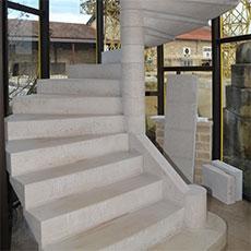 Escaliers en pierre