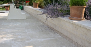 Installation around a pool with Burgundy stone